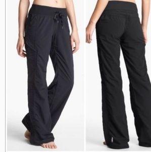 Zella Move it cinch leg black pants